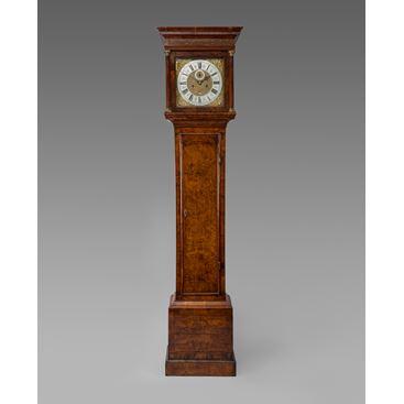 18TH CENTURY ANTIQUE WALNUT LONGCASE CLOCK BY JONATHAN LOWNDES OF LONDON