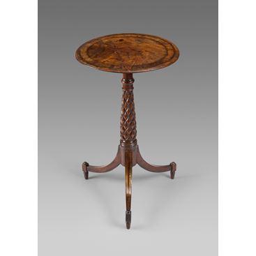 19TH CENTURY ANTIQUE ENGLISH REGENCY MAHOGANY OCCASIONAL TRIPOD TABLE